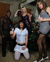 Ladyboy xmas party. Amazing fuckfest at the tgirls xmas party
