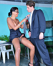Kamily and eduardo office. Lascivious ebony TS Kamily have sexual intercourse Eduardo in her office